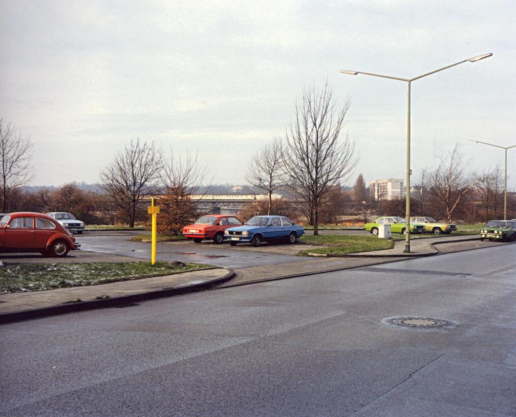 Essen (Cars in Parking Lot)