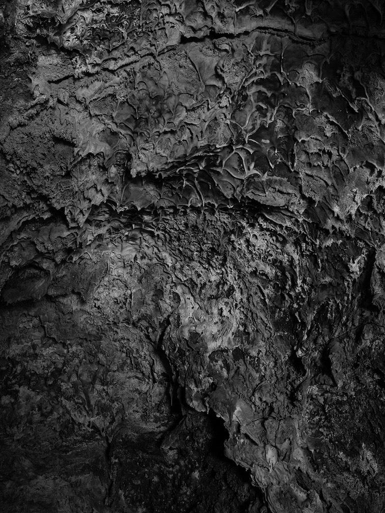 jude_lava_tube_ceiling_02_42x31.5