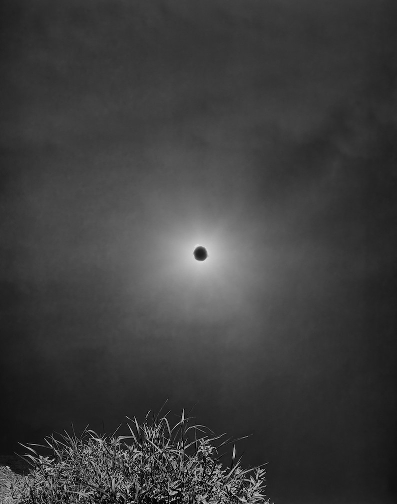 Heyliger_Black Sun in Horsethief Lake 2018(30x40in)